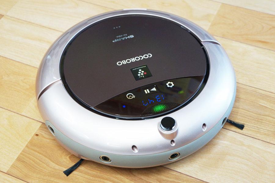 """シャープ「COCOROBO RX-V95A」 人工知能ココロエンジン搭載! """"会話""""でコミュニケーションができる"""