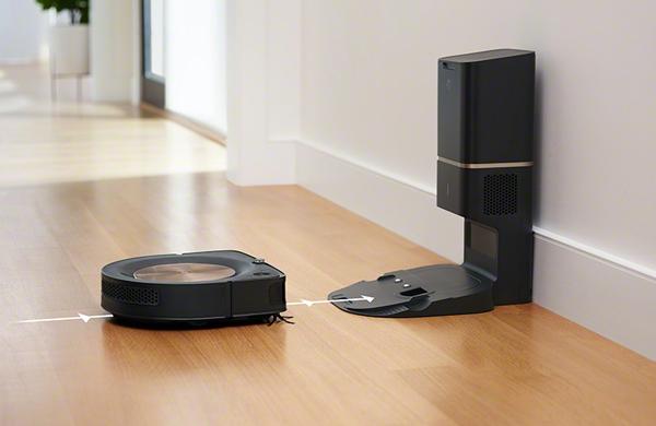 iRobot「ルンバs9+ s955860」 D型シェイプで壁に沿いやすい! ゴミ捨ても自動化のルンバ最上位機