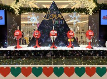 「ビッグクラッピー 2020」、大阪高島屋でのクリスマスパフォーマンス(2018年12月)