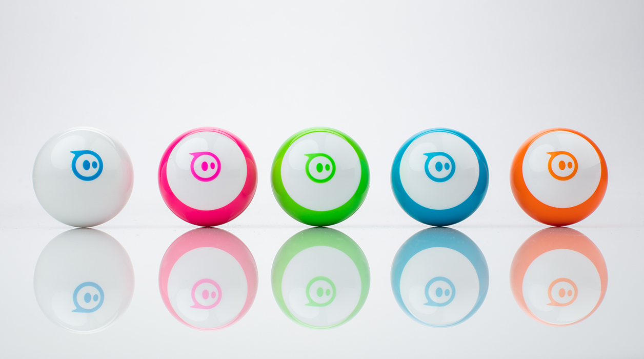 プログラミングで自由自在に動かせる魔法のボール!「Sphero Mini(スフィロ ミニ)」
