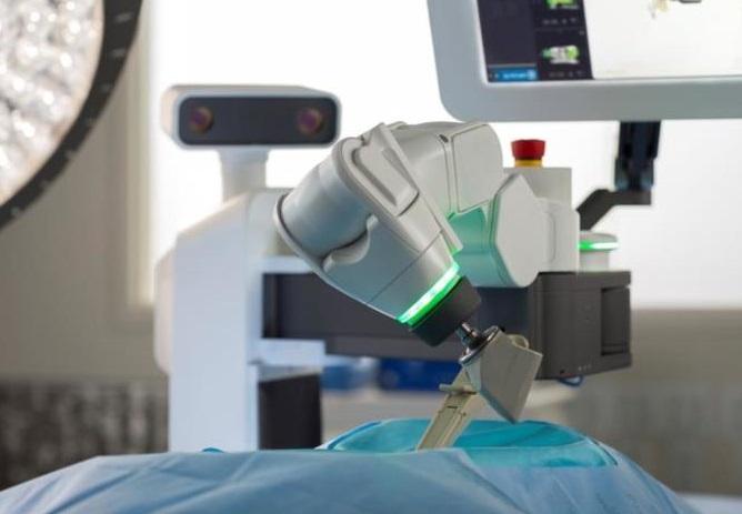 医療現場で活躍するロボット