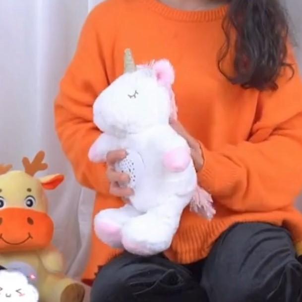 可愛いユニコーンのぬいぐるみ、家でも旅行中でも、子どもをなだめることができます。赤ちゃんが泣き止む、寝かしつけの悩みを減らします。お父さん、お母さんの助けと子供のいいおもちゃです。